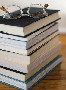 Bücher Papier entsorgen Abfallguru Mülltrennung