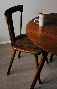 Möbel aus Holz entsorgen Abfallguru Mülltrennung